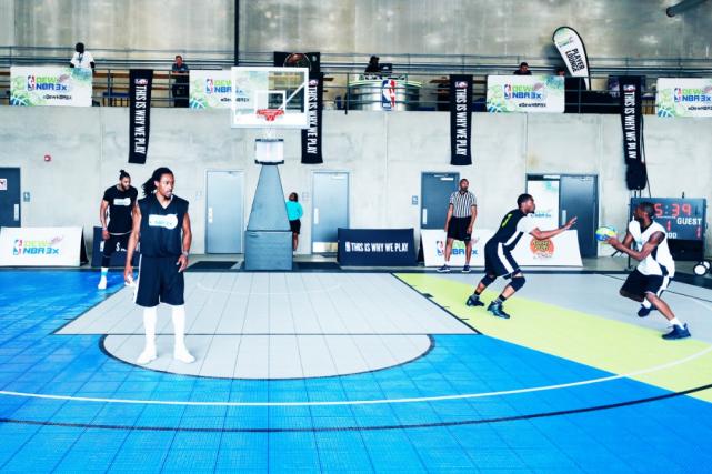 Le basketball 3 contre 3 fera son entrée... (Photo tirée du site internet Dew NBA)
