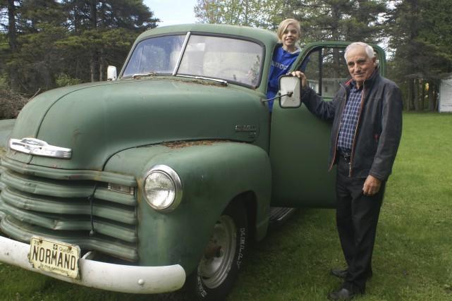 L'an passé, Normand Roy vendait son camion Chevrolet... (Photo Le Progrès, Mélissa Viau)