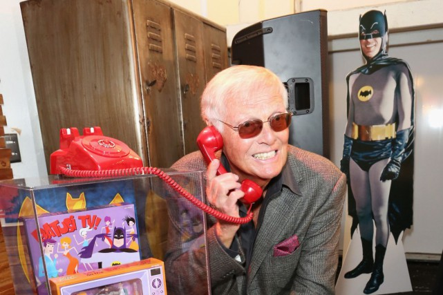 Adam West en 2013... (Photo Casey Rodgers/Invision pour Warner Bros., Archives AP)