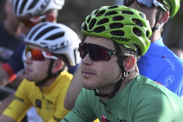 Guillaume Boivin (en vert) espère toujours pouvoir s'emparer... (Archives Le Quotidien, Michel Tremblay)