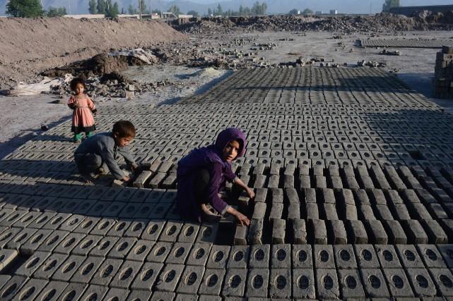 La valeur des importations des produits qui auraient... (Photo NOORULLAH SHIRZADA, AFP)
