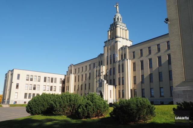 Le Collège Mont-Sacré-Coeur, situé à Granby... (archives La Voix de l'Est)