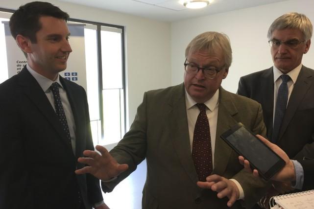 Le député de Pontiac, André Fortin, le ministre... (Justine Mercier, Le Droit)