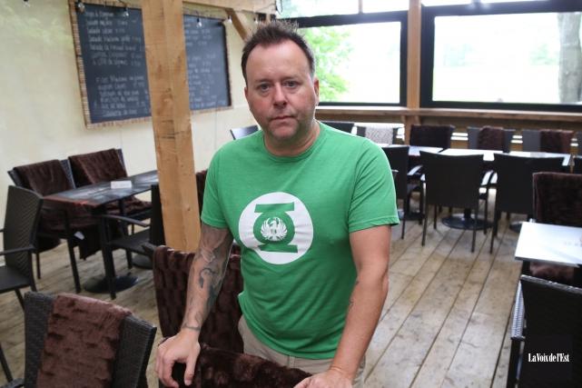 Le restaurateur Luc Viens compte déposer sous peu... (Janick Marois, La Voix de l'Est)