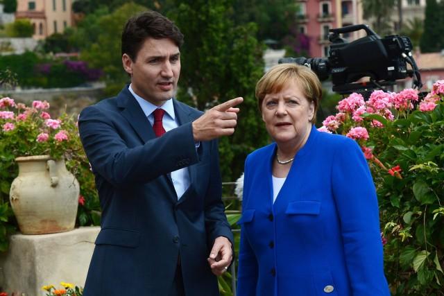 Justin Trudeau et Angela Merkellors du sommet du... (PHOTO PC)