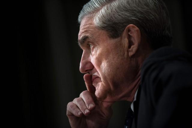 Robert Mueller a été directeur du FBI entre... (ARCHIVES AFP)