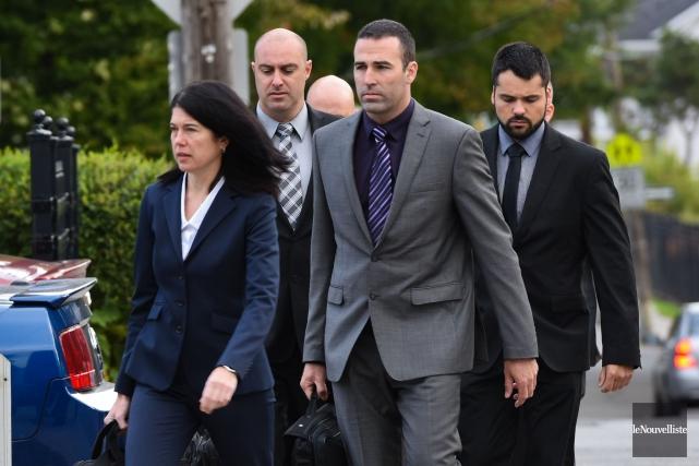 Trois des quatre policiers ont été acquittés des... (François Gervais, Le Nouvelliste)
