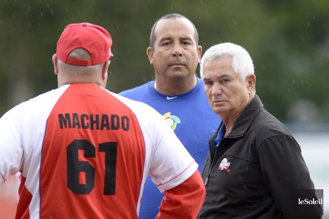 Le commissaire de la formation nationale cubaine, Yosvani... (Le Soleil, Yan Doublet)
