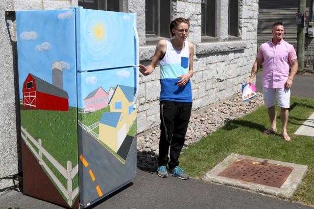 Le Commun frigo a été dévoilé mardi au... (Janick Marois)