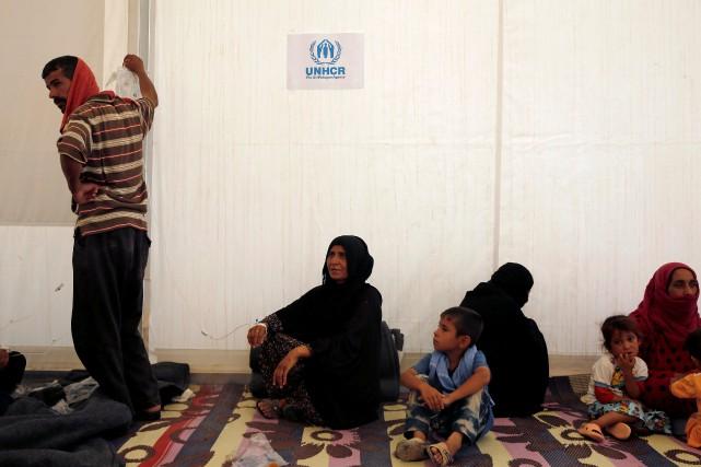 Les réfugiés ont été intoxiqués après avoir ingéré... (PHOTO REUTERS)