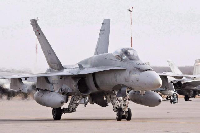 Un CF-18 Hornet.... (PHOTO PC)