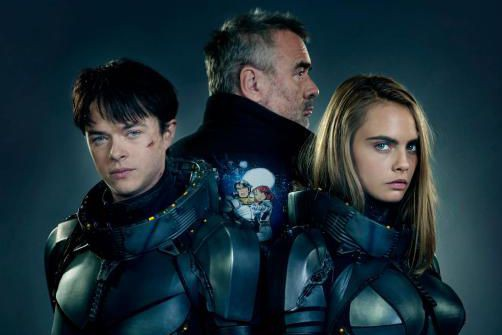 Dane DeHaan, le réalisateur Luc Besson et Cara... (Photo Daniel Smith, fournie par TF1 FILMS PRODUCTION)