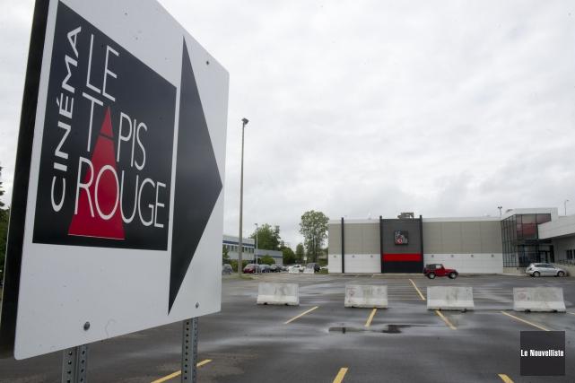 Le cinéma Le Tapis rouge restera ouvert pendant... (Stéphane Lessard, Le Nouvelliste)