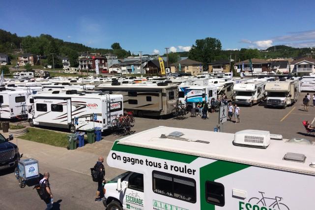 Les premiers cyclistes sont arrivés aux Saguenay mercredi....
