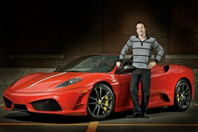 Grand amateur de Ferrari, Luc Poirier achète chaque... (PHOTO FOURNIE PAR LUC POIRIER)