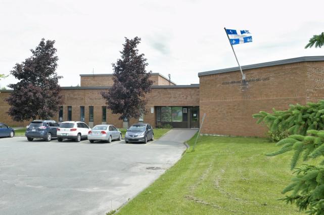 Agrandie en 2014, l'école primaire du Jardin-des-Lacs à... (Spectre Média, Maxime Picard)