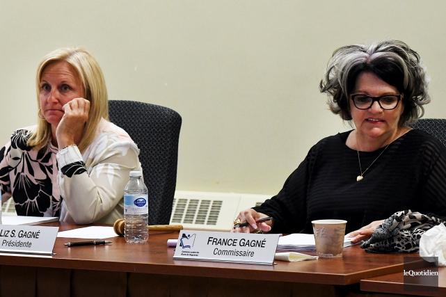 Une réunion extraordinaire de la Commission scolaire des... (Photo Le Quotidien, Rocket Lavoie)