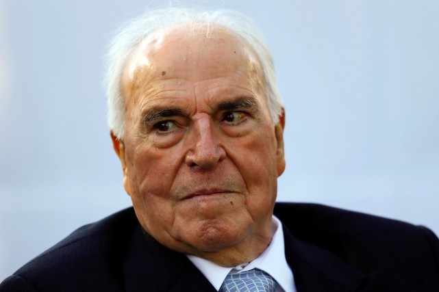 L'ancien chancelier allemand Helmut Kohl a joué un... (Photo Michael Dalder, archives Reuters)
