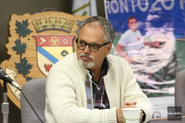 Conseiller municipal et citoyende Bromont,Louis Villeneuve est l'auteur... (Janick Marois, archives La Voix de l'Est)