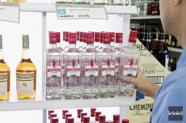 En cinq ans, la Société des alcools du Québec (SAQ) a déboursé plus de50... (Photothèque Le Soleil)
