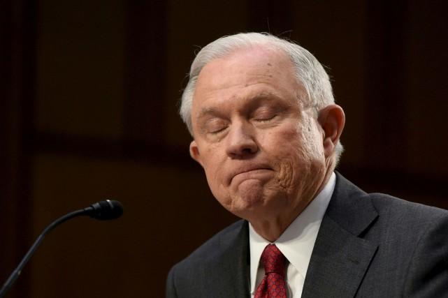 Le secrétaire à la Justice des États-Unis, Jeff... (AFP, Saul Loeb)