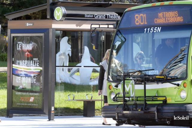 Une étude a révélé que les Métrobus 800... (Photothèque Le Soleil, Jean-Marie Villeneuve)