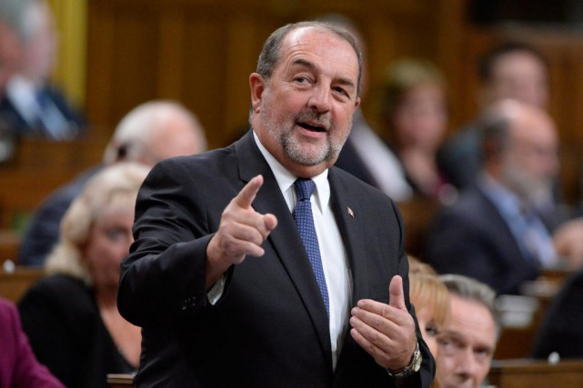 Le député conservateur de Lac-Saint-Jean, l'ancien ministre Denis Lebel, doit... (PHOTO ARCHIVES PC)