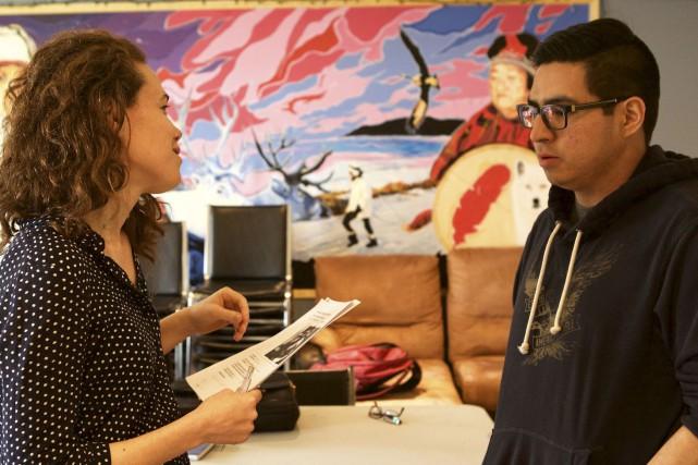 La réalisatrice Myriam Verreault avec André-Charles Ishtapao, l'un... (courtoisie Tobie Fraser)