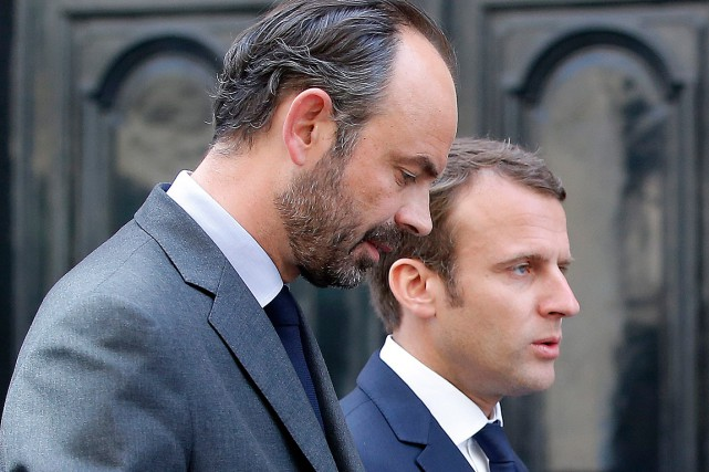 Le premier ministre Édouard Philippe et le président Emmanuel... (PHOTO MICHEL EULER, ARCHIVES ASSOCIATED PRESS)