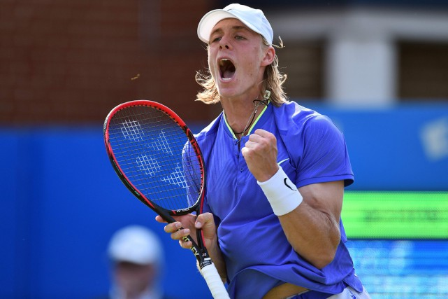 L'Ontarien Denis Shapovalov a eu raison de Kyle Edmund 7-6 (4), 4-6, 6-4 au... (PHOTO AFP)