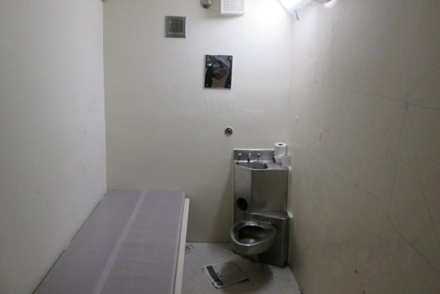 L'isolement préventif est utilisé dans les prisons fédérales... (photo fournie par La Presse canadienne)