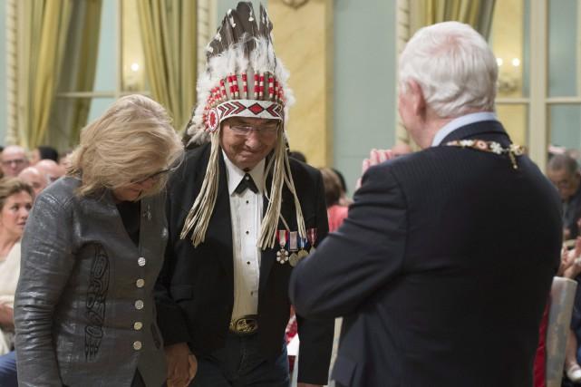 Le gouverneur général David Johnston a remis,lundi, des... (La Presse canadienne, Adrian Wyld)