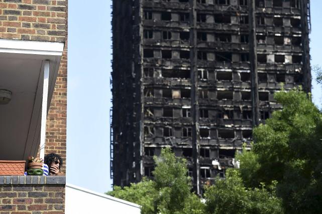 Pour le moment, seules cinq victimes de l'incendie... (AFP, Paul Ellis)