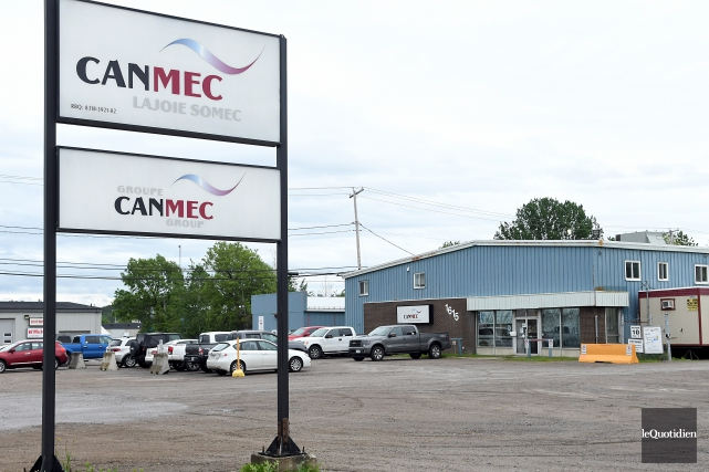 Les opérations de l'usine Lajoie-Somec de Canmec, située... (Photo Le Quotidien, Rocket Lavoie)