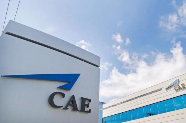 La multinationale montréalaise CAE a témoigné jeudi d'un léger déclin de son... (PhotoGraham Hughes, Archives La Presse canadienne)