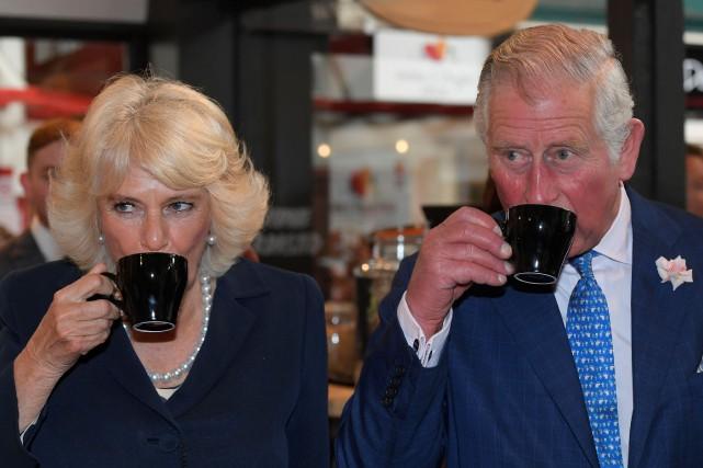 Le prince de Galles et la duchesse de... (REUTERS)