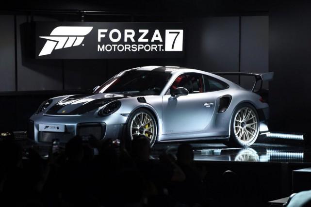 La 911 GT2 RS 2018 de Porsche... (PHOTO ROBYN BECK, AGENCE FRANCE-PRESSE)