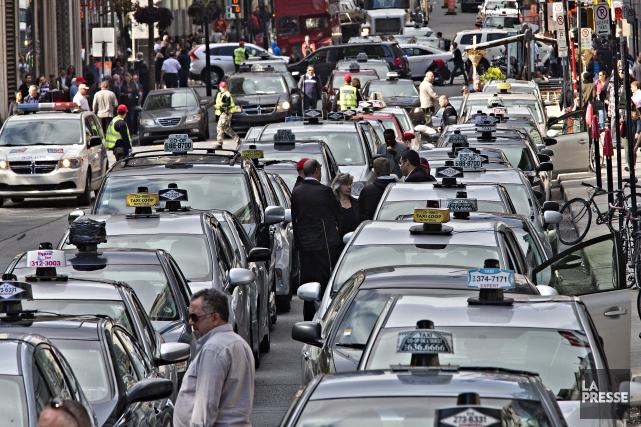 L'industrie du taxi s'estime laissée pour compte par Québec qui l'ignore et lui... (Photo Patrick Sanfaçon, archives La Presse)