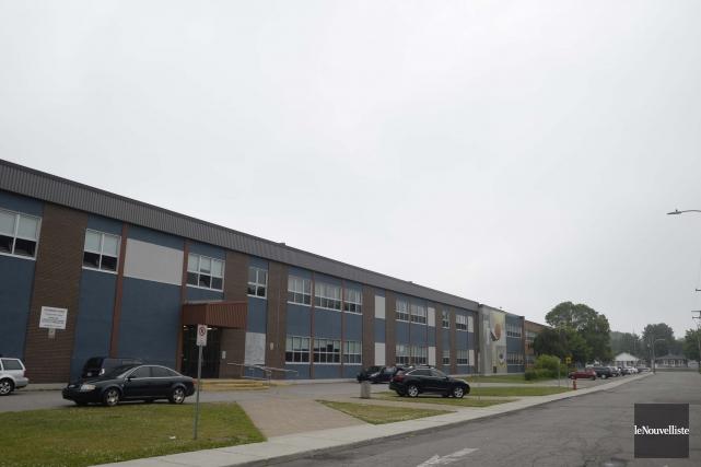 L'école secondaire Val-Mauricie... (Photo Sylvain Mayer Le Nouvelliste)