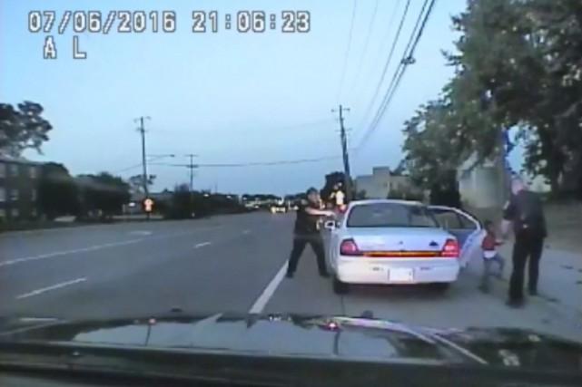 Philando Castile a été tué dans sa voiture... (AP)