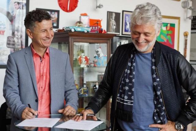 Jeannot Painchaud,directeur artistique et général d'Éloize, etGilbert Rozon,président... (PHOTO FOURNIE PAR LE GROUPE JUSTE POUR RIRE)