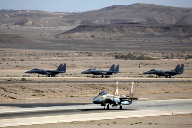 Le commandant de l'armée de l'air israélienne a... (Photo Amir Cohen, archives REUTERS)
