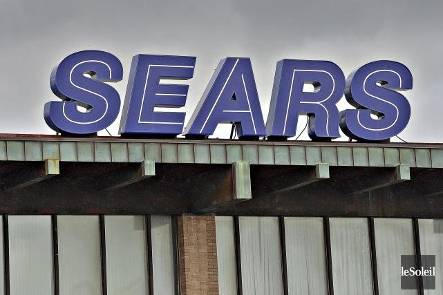 L'enseigne du magasin Sears de Place Fleur de... (Le Soleil, Patrice Laroche)