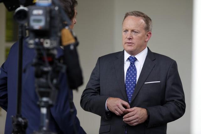 Le porte-parole de la Maison-Blanche, Sean Spicer... (PHOTO Alex Brandon, AP)