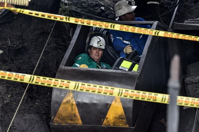 Des recherches ont eu lieu pour retrouver les... (Photo Luis ACOSTA, AFP)