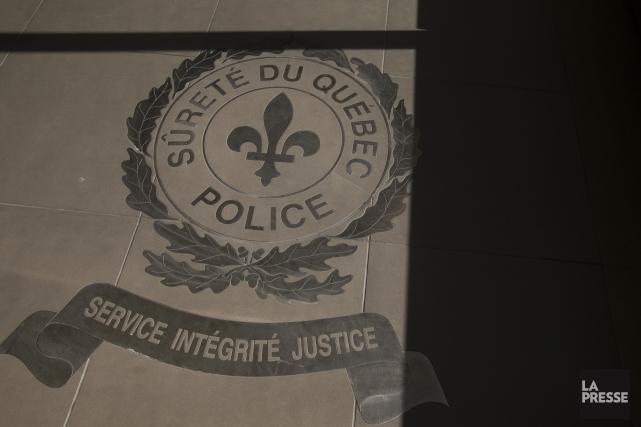 Un total de 4242 policiers de la SQ... (Photo IVANOH DEMERS, archives LA PRESSE)