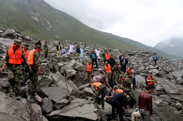 L'agence officielle Chine Nouvelle, citant des géologues déployés... (Photo Agence France-Presse/STR)