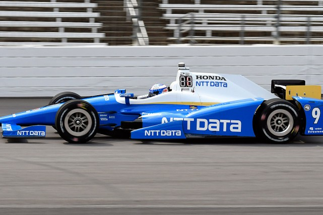 Scott Dixon... (PHOTO LARRY PAPKE, ASSOCIATED PRESS)
