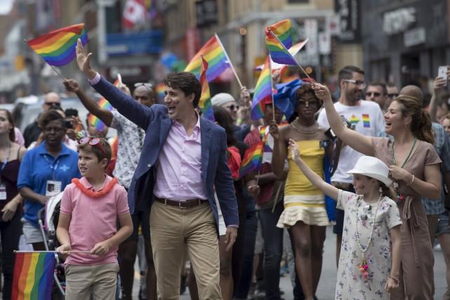 Le premier ministre Justin Trudeau, sa femme Sophie... (La Presse canadienne, Mark Blinch)