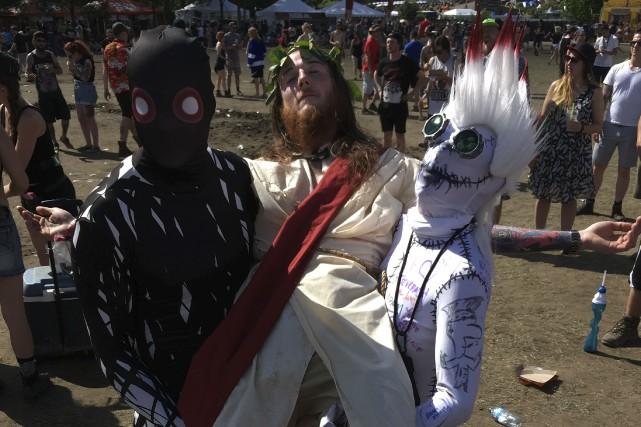 De drôles de «fans» hantent le Rockfest chaque... (Louis-Denis Ebacher)
